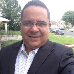 Locutor: Omar Medina